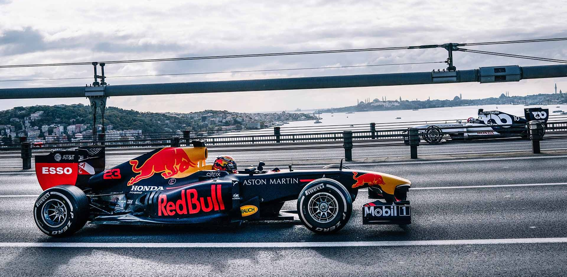 Alexander Albon and Pierre Gasly performs during Project Istanbulls in Istanbul, Turkey on November 10, 2020 // Nuri Yilmazer/Red Bull Content Pool // SI202011110239 // Usage for editorial use only //