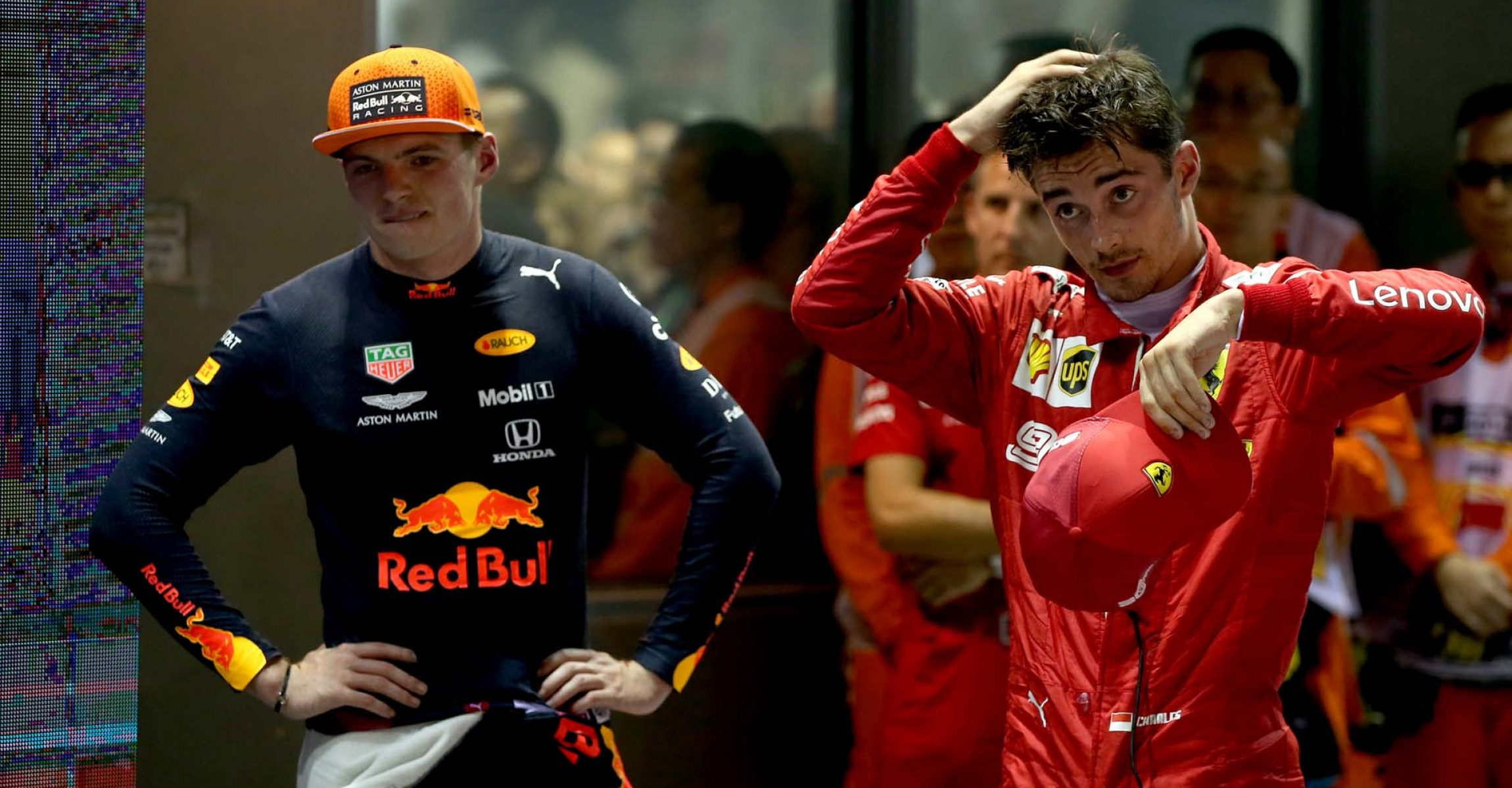 SINGAPORE, SINGAPORE - SEPTEMBER 22: Second placed Charles Leclerc of Monaco and Ferrari and third placed Max Verstappen of Netherlands and Red Bull Racing look on in parc ferme during the F1 Grand Prix of Singapore at Marina Bay Street Circuit on September 22, 2019 in Singapore. (Photo by Charles Coates/Getty Images) // Getty Images / Red Bull Content Pool  // AP-21NB1GD1H1W11 // Usage for editorial use only //