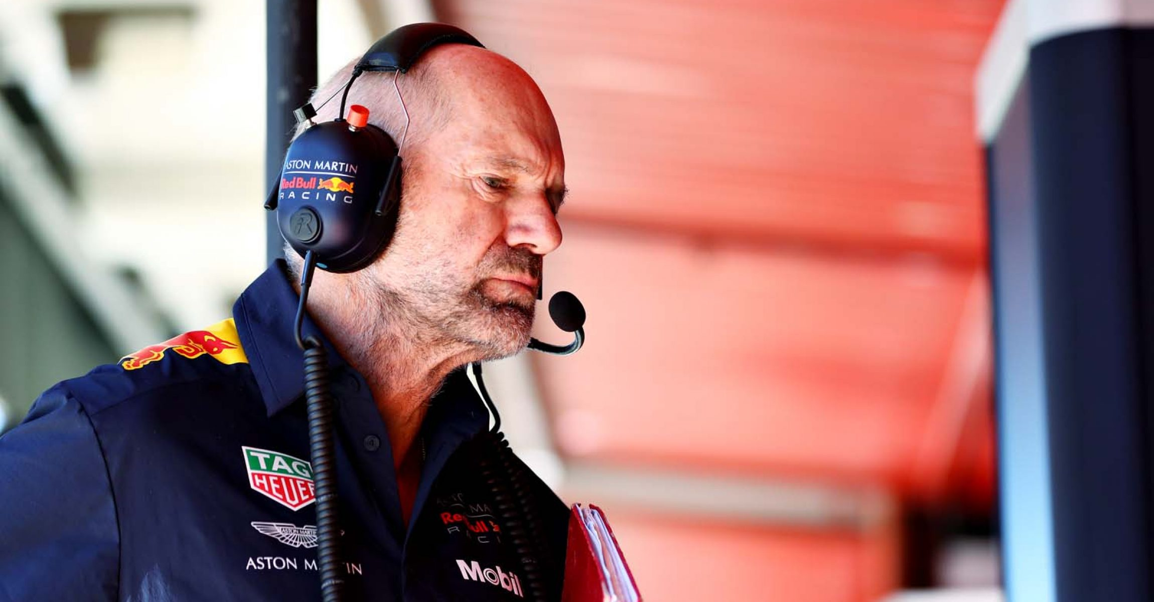 BARCELONA, SPAIN - MAY 10: Adrian Newey, the Chief Technical Officer of Red Bull Racing looks on itg during practice for the F1 Grand Prix of Spain at Circuit de Barcelona-Catalunya on May 10, 2019 in Barcelona, Spain. (Photo by Mark Thompson/Getty Images) // Getty Images / Red Bull Content Pool  // AP-1Z9UE8PNW2111 // Usage for editorial use only // Please go to www.redbullcontentpool.com for further information. //