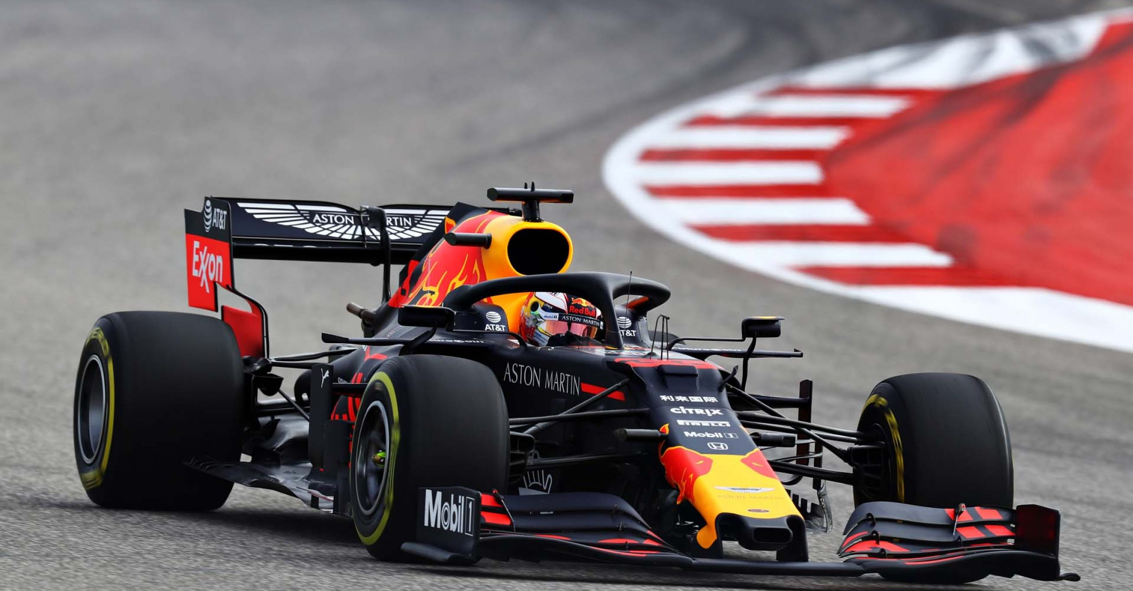 AUSTIN, TEXAS - NOVEMBER 01: Max Verstappen of the Netherlands driving the (33) Aston Martin Red Bull Racing RB15 on track during practice for the F1 Grand Prix of USA at Circuit of The Americas on November 01, 2019 in Austin, Texas. (Photo by Mark Thompson/Getty Images) // Getty Images / Red Bull Content Pool // AP-2229CNCBH2111 // Usage for editorial use only //