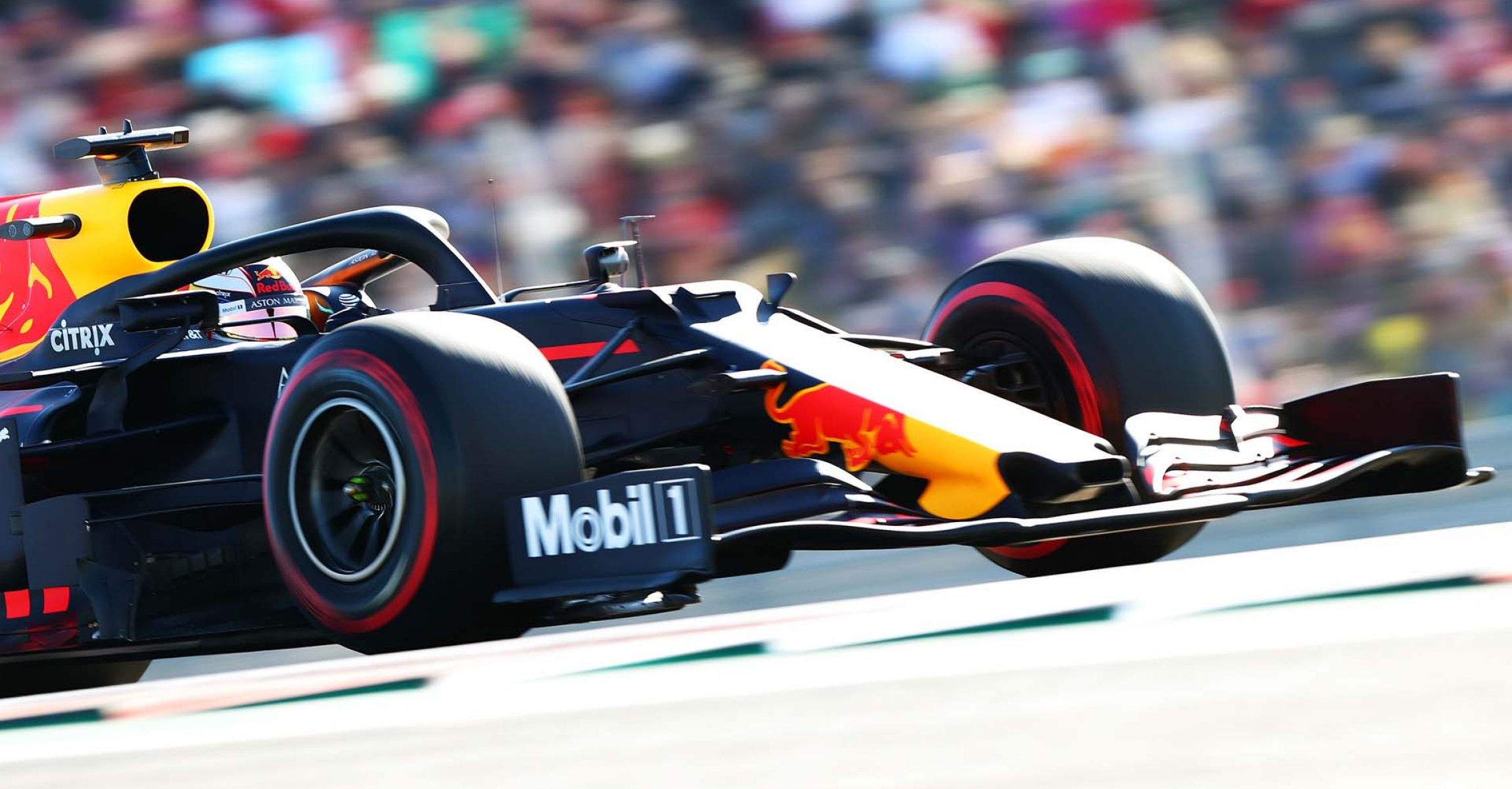AUSTIN, TEXAS - NOVEMBER 02: Max Verstappen of the Netherlands driving the (33) Aston Martin Red Bull Racing RB15 on track during qualifying for the F1 Grand Prix of USA at Circuit of The Americas on November 02, 2019 in Austin, Texas. (Photo by Dan Istitene/Getty Images) // Getty Images / Red Bull Content Pool // AP-222NE2GMH2111 // Usage for editorial use only //