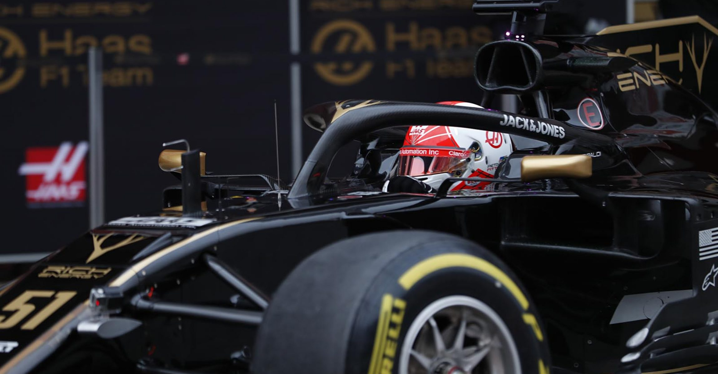 CIRCUIT DE BARCELONA-CATALUNYA, SPAIN - FEBRUARY 20: Pietro Fittipaldi, Haas VF-19 during the Barcelona February testing at Circuit de Barcelona-Catalunya on February 20, 2019 in Circuit de Barcelona-Catalunya, Spain. (Photo by Zak Mauger / LAT Images)
