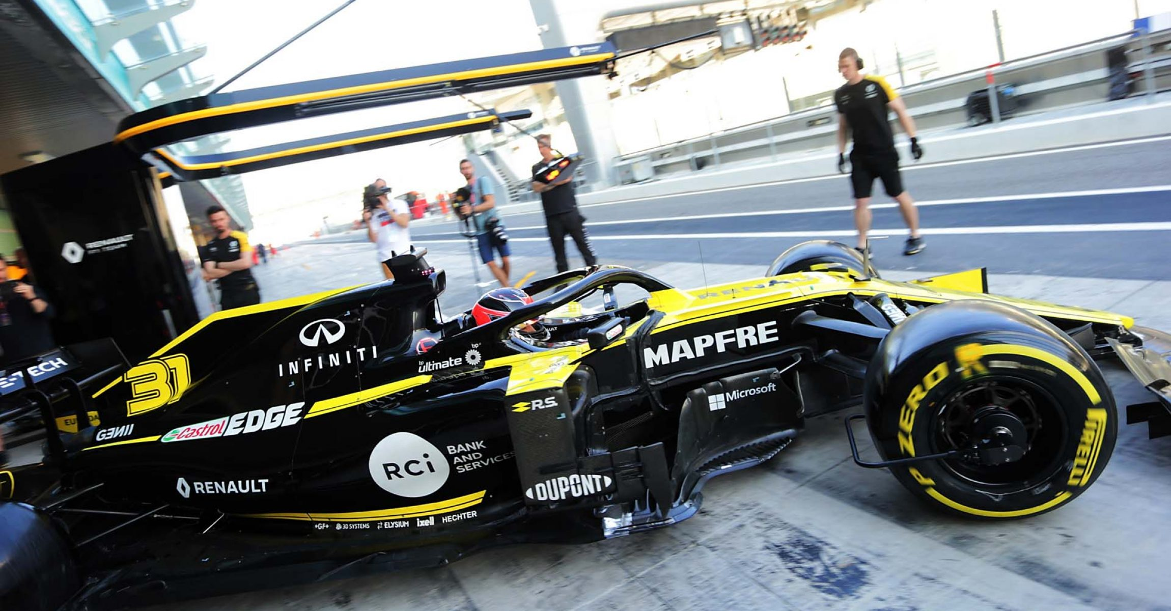 Esteban Ocon (FRA) Renault F1 Team RS19. Formula One Testing, Tuesday 3rd December 2019. Yas Marina Circuit, Abu Dhabi, UAE.
