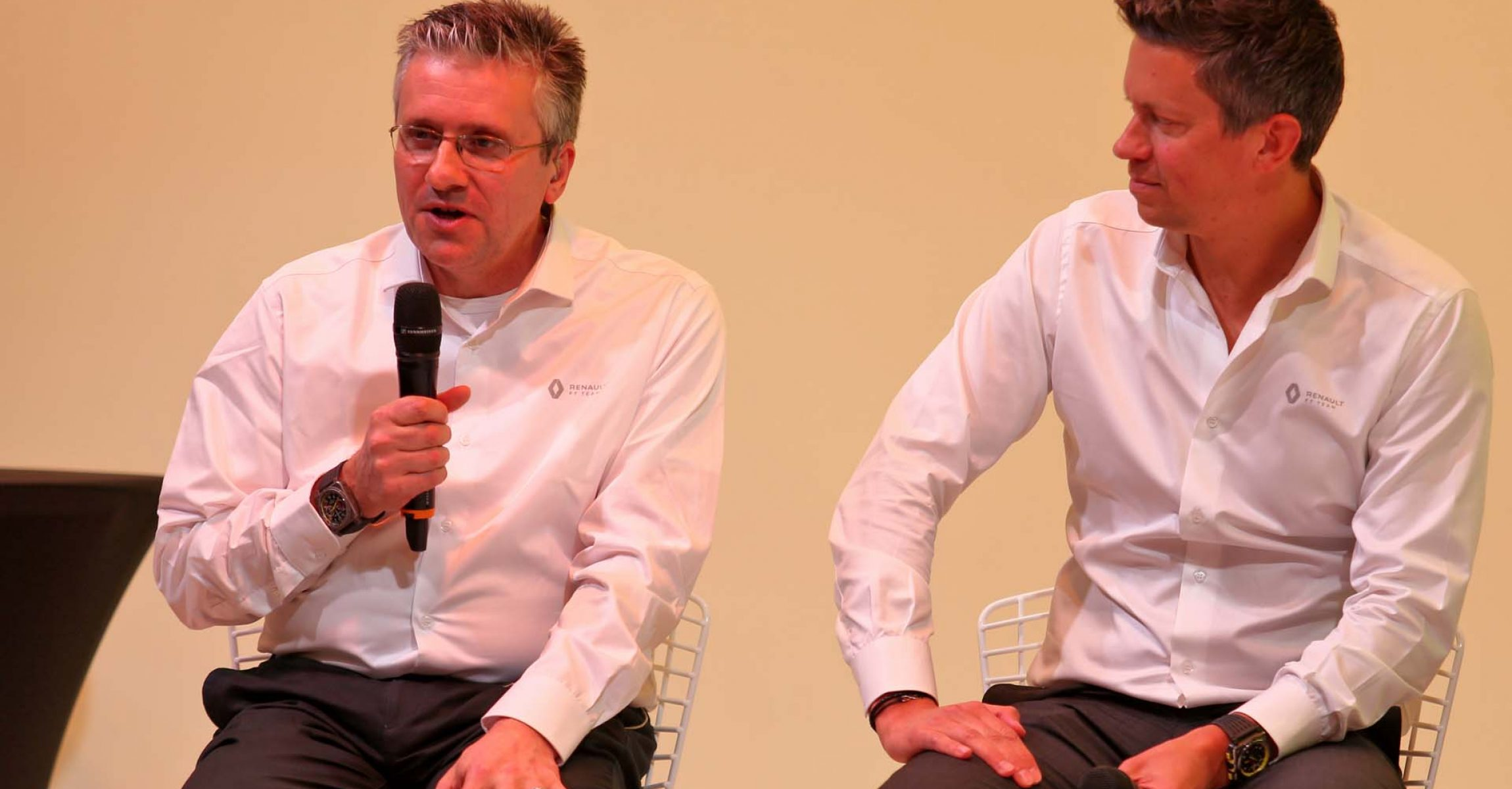 (L to R): Pat Fry (GBR) Renault F1 Team Technical Director (Chassis) with Marcin Budkowski (POL) Renault F1 Team Executive Director. Renault F1 Team Season Opener, Wednesday 12th February 2020. L'Atelier Renault, Paris, France.