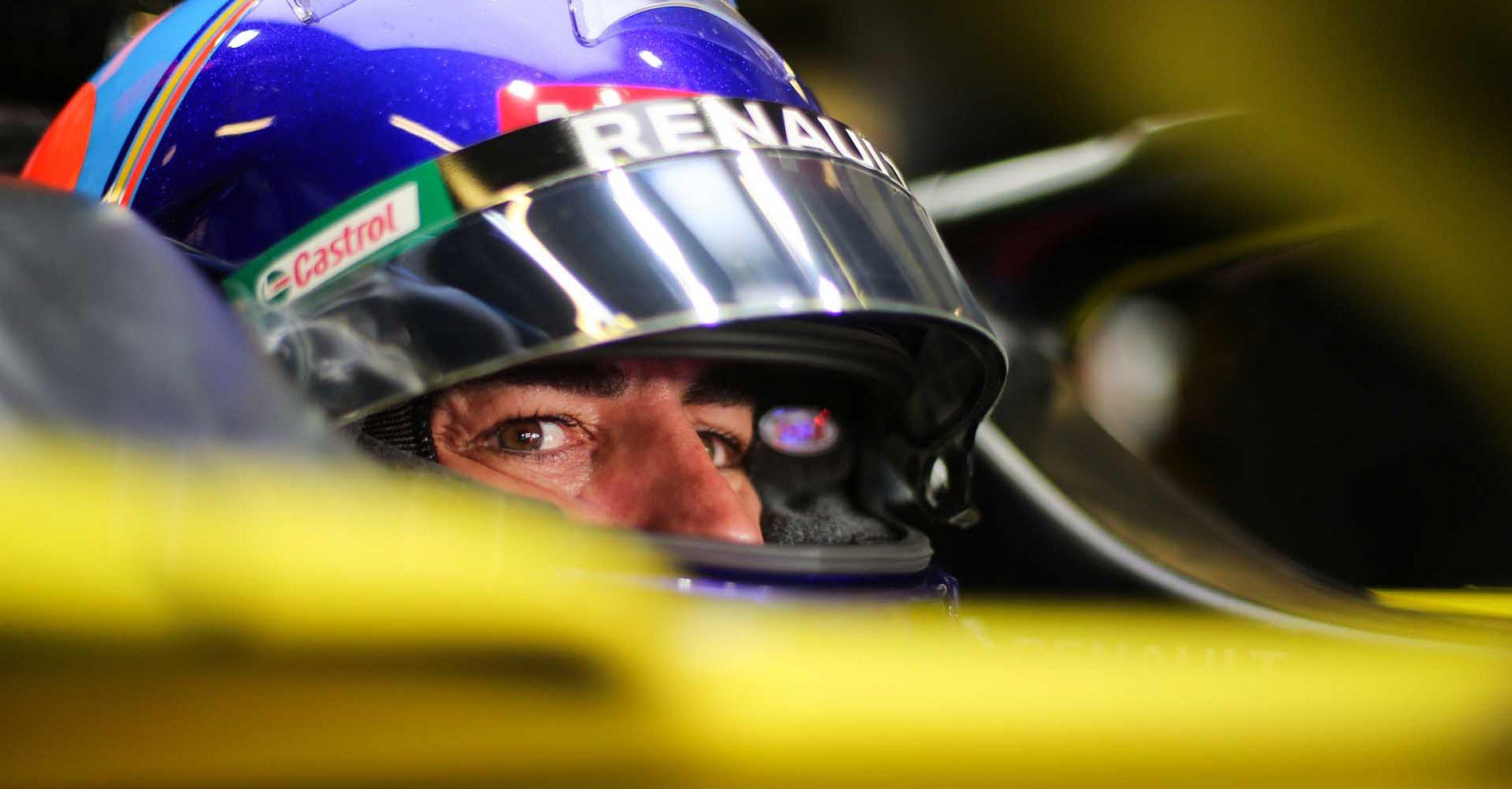 Fernando Alonso (ESP) Renault F1 Team RS20. Formula One Testing, Tuesday 15th December 2020. Yas Marina Circuit, Abu Dhabi, UAE.